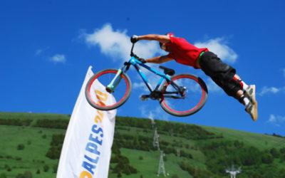 La postura del ciclista in biciletta